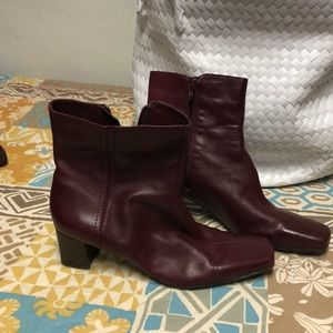 Nine West Ankle Boot Size 10